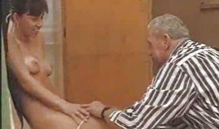 Skinny giovane attrici porno italiane anni 90 bionda ama grande