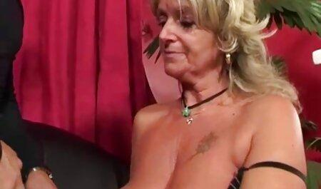 La film hard di attrici italiane mia ragazza con un grande culo e un grande culo chic gioca con la figa e scopa fino allo sperma in POV video