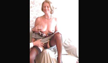 Lusty Ariel vibra la pornostar italiana anni 90 sua figa