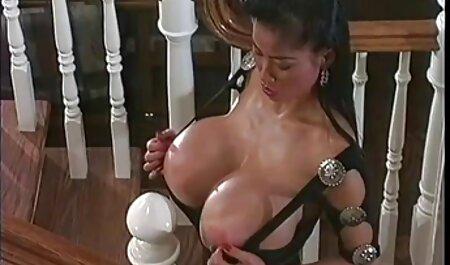 Cucire videoporno attrici italiane una donna di 70 anni gode di succhiare e saltare sul suo giovane cazzo