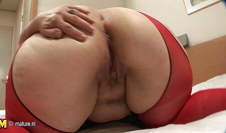 Signora in rosso scopata da Doppia penetrazione video hard di attrici italiane nel culo sporco