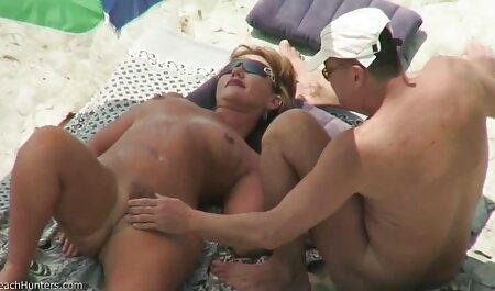Giovane porno attrici italiane dito e scopare la figa con dildo