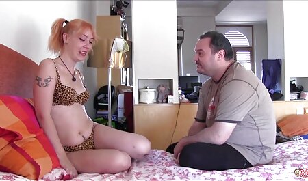 Carino piccolo adolescente schiacciato e scopata nel celebrità italiane sex tape culo-MOFOS