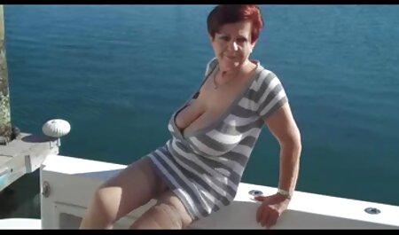 Naughty bionda gioca video hard attrici italiane con il suo vibratore e schizza