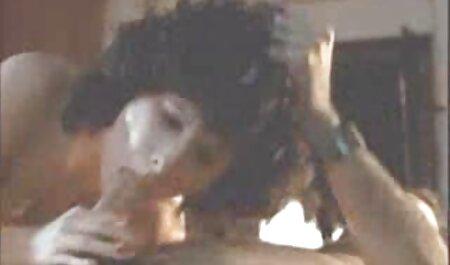 Asian Pissing scene di sesso attrici italiane - prima volta indulgere in un gioco di Pissing caldo