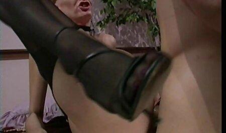 Sesso a tre FFM in calze video porno di attrici famose a rete