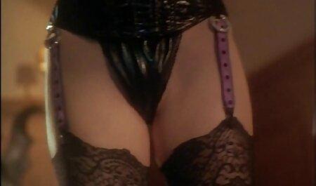 Peloso paffuto Pecorina cavalcato da hottie attrici italiane porno